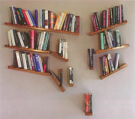 本をおしゃれに収納するインテリアのアイデア